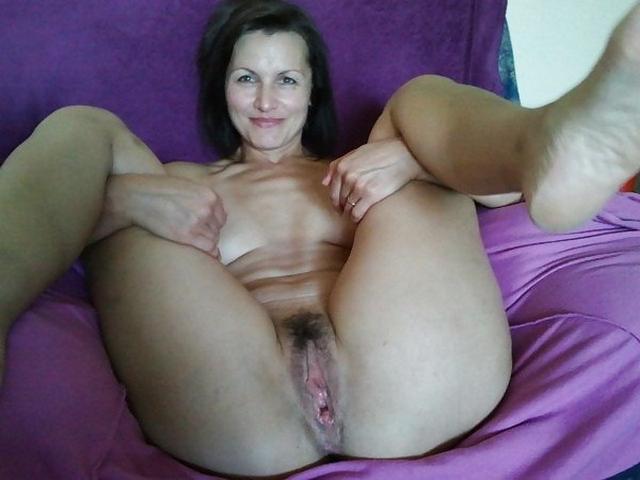 Женские пёзды обожают мужской ласки